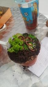 Salah satu culinary yang dipilih Hana. Ice cream by Potic.